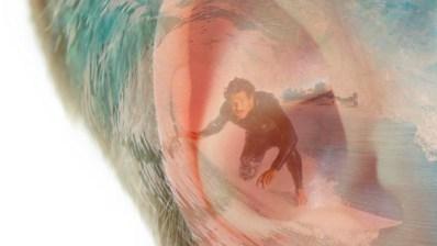OÍDO DE SURFISTA