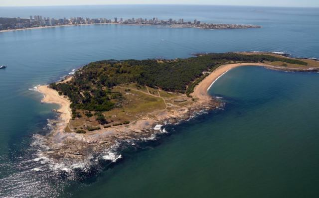 Vista aérea de la Isla Gorriti