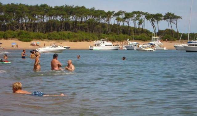 Playa de la Isla Gorriti