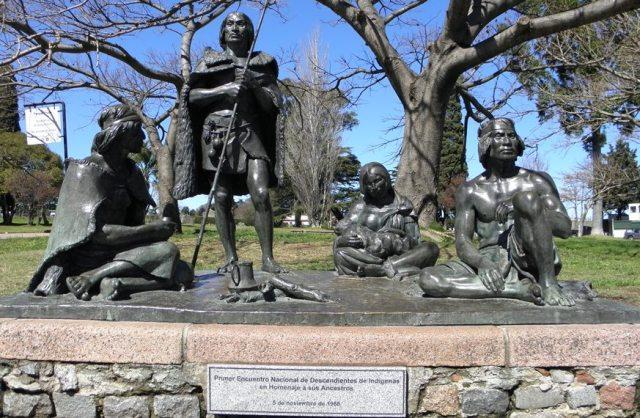 Monumento a los Últimos Charrúas en el Prado