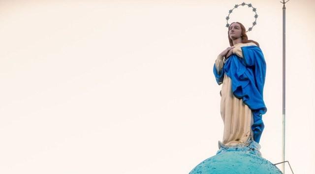 Estatua de la Virgen del Verdún