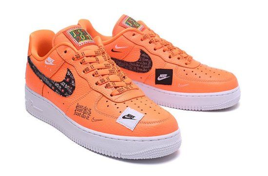 NIKE Air Force 1 Low Just Do It Naranjas 4