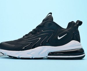 NIKE Air Max 270 React V3 Negras