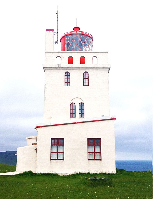 Beautiful Lighthouses in Iceland - The Best Day Trips From Reykjavik