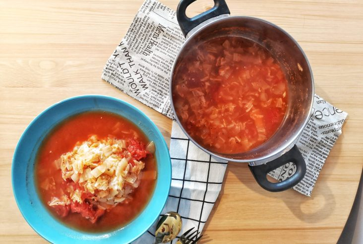 Featured image Tomato and cabbage stew