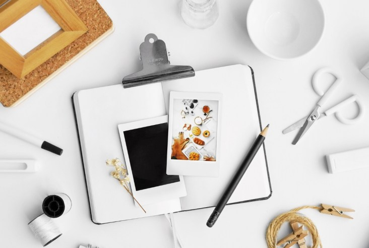 Planner, phone, photography and stationary to plan 2020