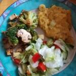 Polenta mit Salat und Brokkolie- Pfanne
