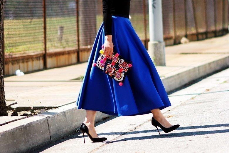 Sexy look… με midi skirts