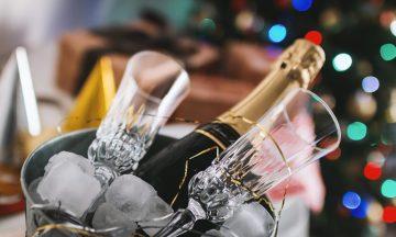 Ρεβεγιόν στο σπίτι με φίλους! Ιδέες και λύσεις για το ωραιότερο πάρτι της χρονιάς!