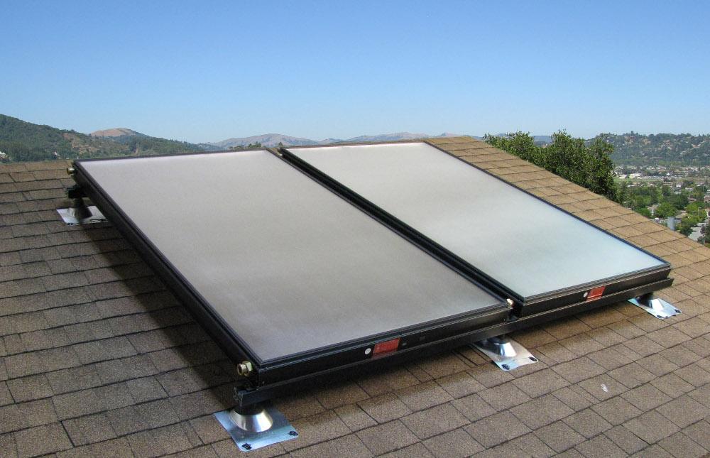 water-eau-panneau-solaire-solar-panel-toit-toiture-autonomie-maison