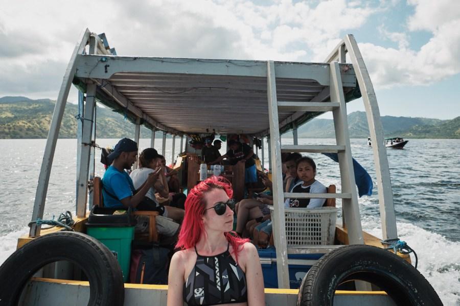 Enodnevni izlet s čolnom v okolici Floresa, Indonezija