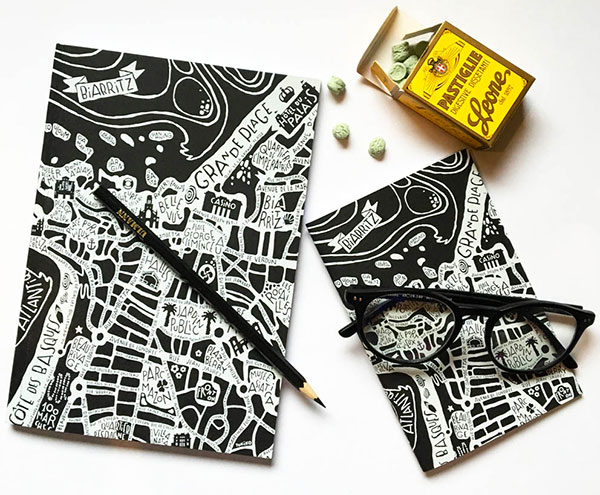 plan de ville de Biarritz illustré sur des carnets