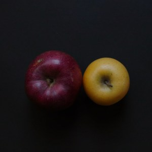 red apple yellow apple