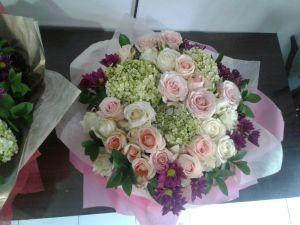 Buket Bunga Terjangkau di  Sampang