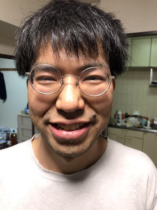Rental Busaiku service lets you hire self-professed ugly man for dates