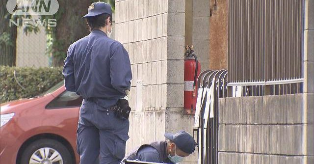 An unknown assailant stabbed a newspaper deliveryman with an ice pick in Hiroshima City
