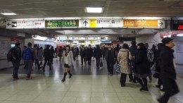Walking around in Shinjuku Station