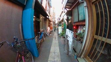 Back alley street : 360 degrees