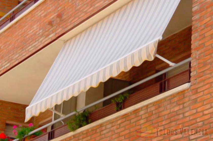 Toldo balc n stor toldos valencia for Toldos de lona para balcones