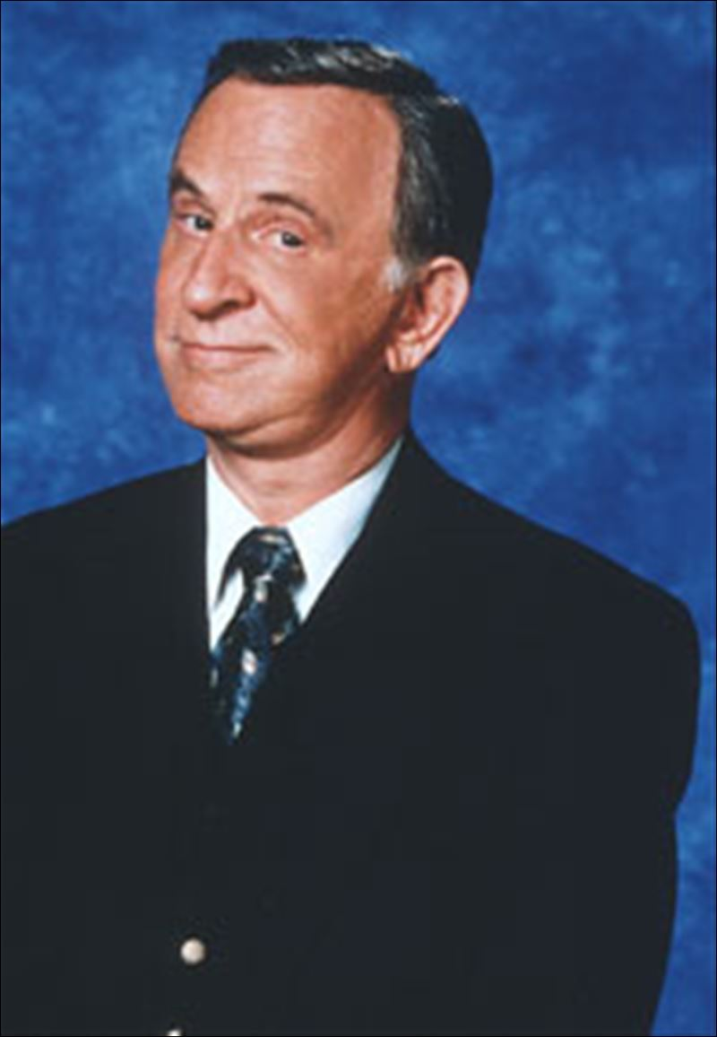 Don Adams fumbling secret agent on TVs Get Smart dies