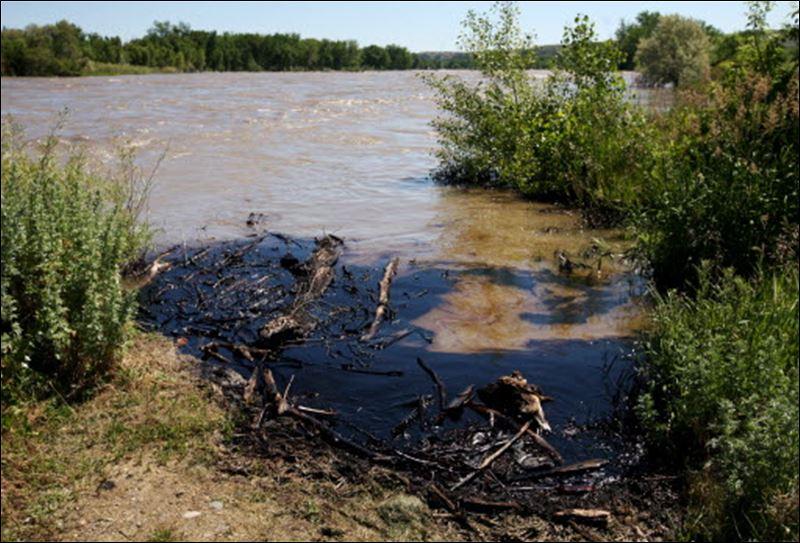https://i0.wp.com/www.toledoblade.com/image/2011/07/02/800x_b1_cCM_z_cT/ExxonMobil-oil-spill-Montana-07-02-2011.jpg