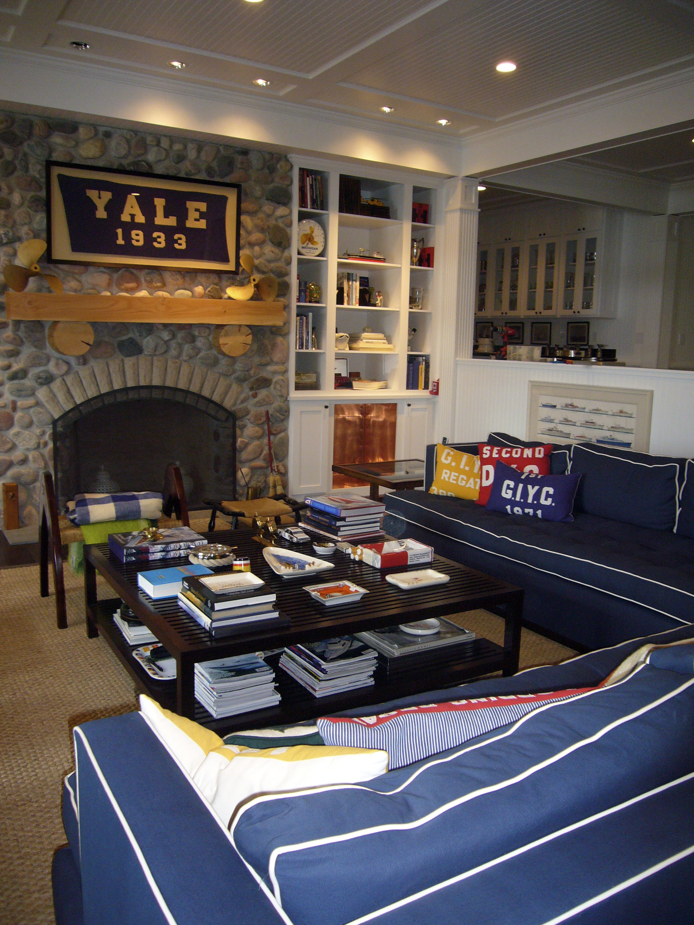 Style and team spirit can coexist in a family room  The Blade