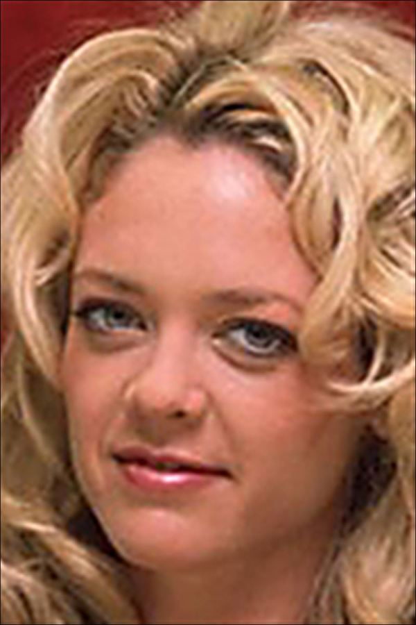 Lisa Robin Kelly Of ' '70s Show' Dies 43 In