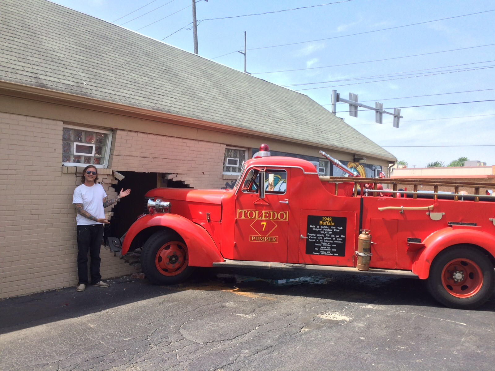 tattoo artist chair wedding stage chairs antique fire truck crashes into west toledo studio - the blade