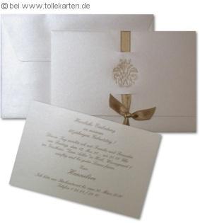 Vornehme Einladung zum Geburtstag mit Satinband und Perlmutt-Ornament: