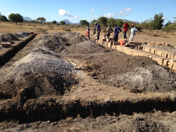 Arbeiten für das Fundament des neuen Kindergartens