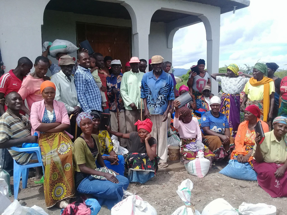 Dankbarkeit der Dorfbewohner für die Hilfe aus Deutschland