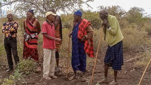 Begrüßung der Maasai in Mbaro