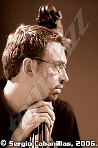 Christian Perez por Sergio Cabanillas