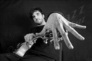Scott DuBois: música arriesgada y comprometida para tiempos difíciles, por Enrique Farelo