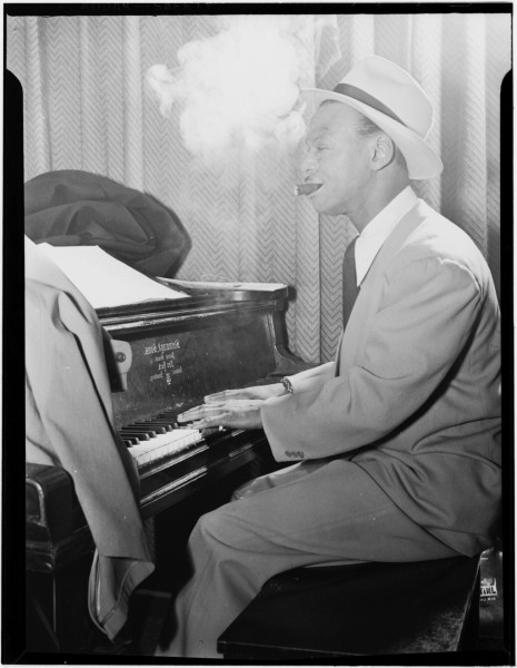 Earl Hines. New York. 1947. Fotografía por William p. Gottlieb