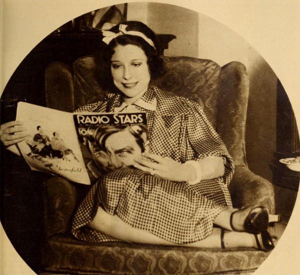 Annette_Hanshaw_in_Radio_Stars,_Jan._1934_02