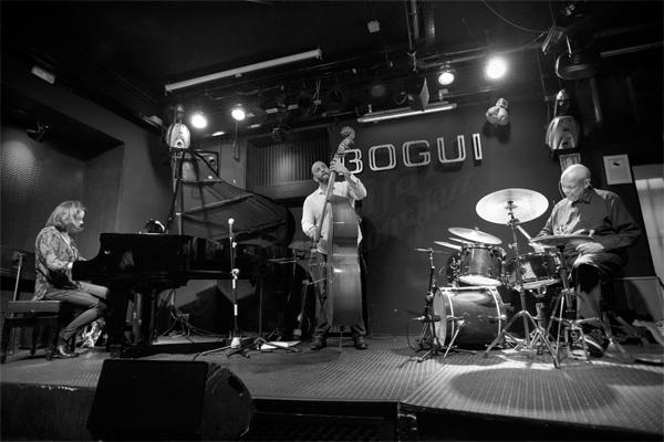 Eric Revis Trio © Sergio Cabanillas, 2016