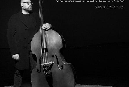 JazzX5#109. Juyma Estévez Trío: Blues for Brown [Minipodcast]