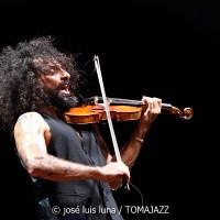 "INSTANTZZ: Ara Malikian - Iván ""Melón"" Lewis (Palau Reial de l'Almudaina. Palma. 2020-07-10) [Galería fotográfica AKA Fotoblog de jazz, impro… y algo más]"