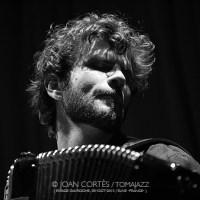 INSTANTZZ: Vincent Peirani (monográfico) [Galería fotográfica AKA Fotoblog de jazz, impro... y algo más]
