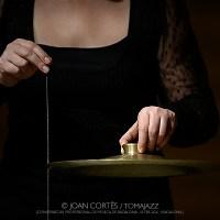 """INSTANTZZ: Núria Andorrà & Sònia Sánchez """"Dansant el so i musicant el moviment"""" (Cicle Ja és dijous, Conservatori Professional de Música de Badalona. 2021-02-18) [Galería fotográfica AKA Fotoblog de jazz, impro… y algo más] Por Joan Cortès"""