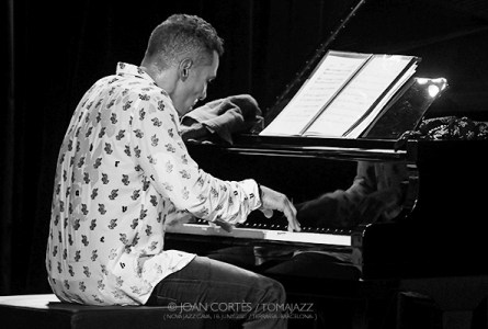 INSTANTZZ: Theo Hill Trio & Jeremy Pelt (40è Festival Jazz Terrassa, Nova Jazz Cava, Terrassa -Barcelona-. 2021-06-17) [Galería fotográfica AKA Fotoblog de jazz, impro… y algo más] Por Joan Cortès