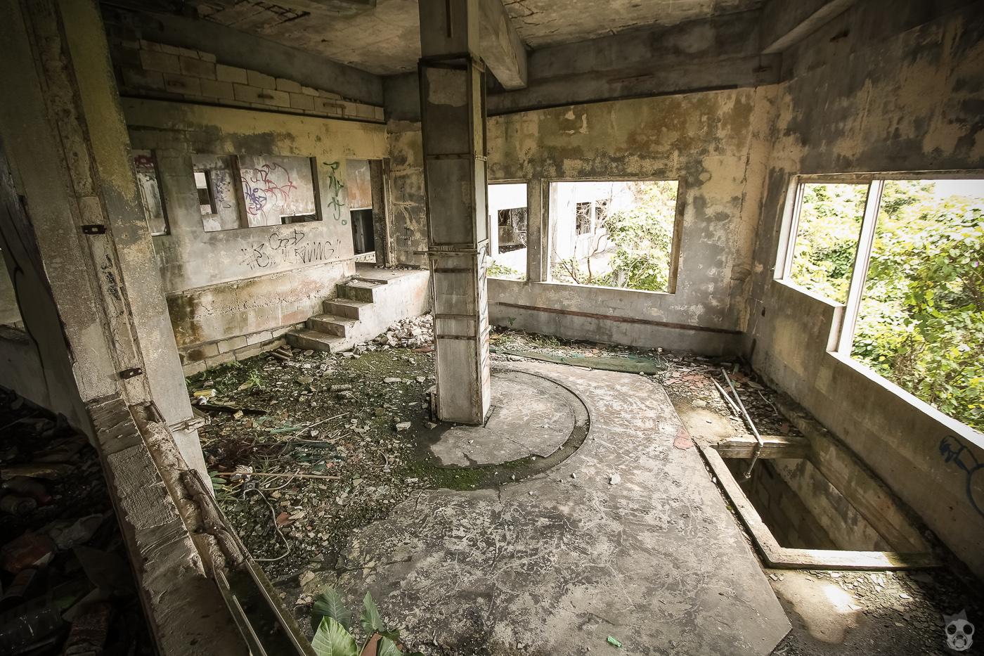 abandoned_castle23