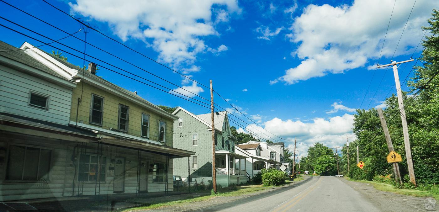 このエリアはほとんど空き家だった。ゴーストタウンの噂は本当だった。