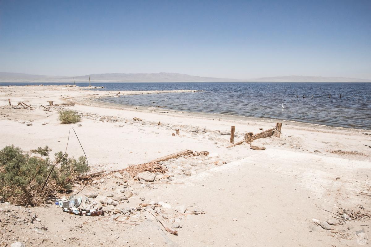 Salton Sea Beach in Salton Sea  ソルトンビーチinソルトン湖