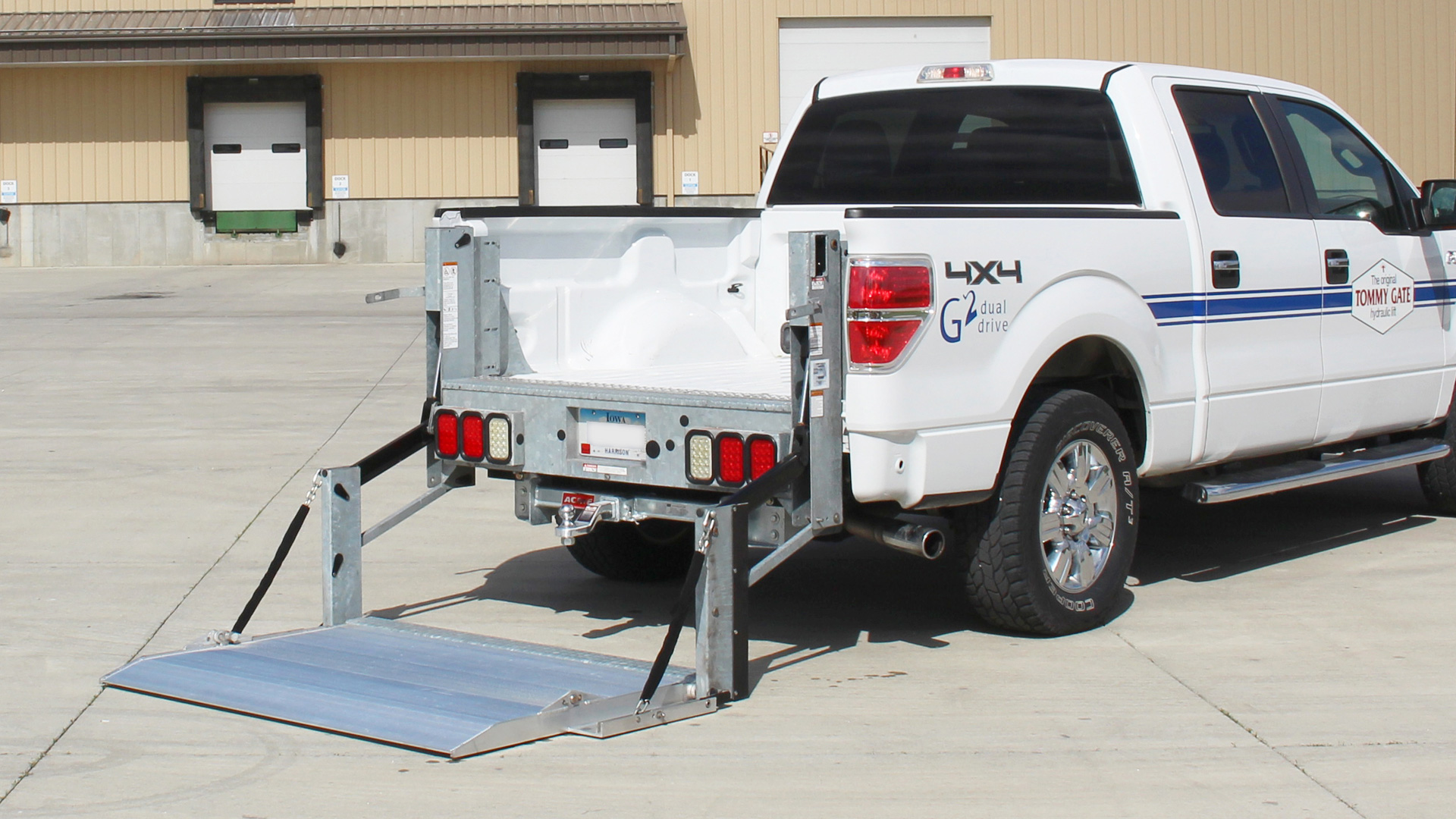 hight resolution of  galvanized g2 series pickup liftgate on ford f 150