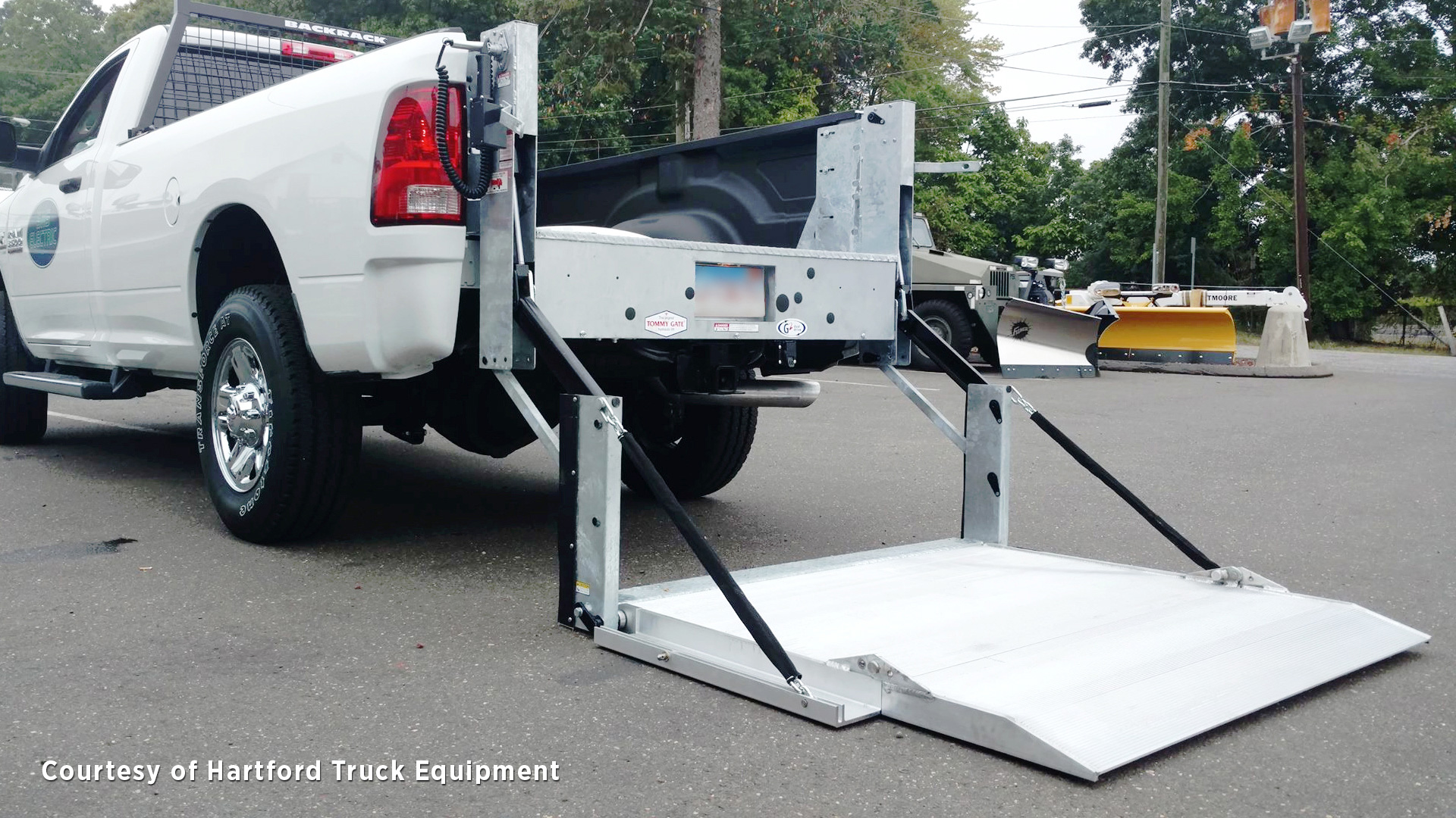 hight resolution of  g2 series pickup liftgate on dodge ram pickup truck