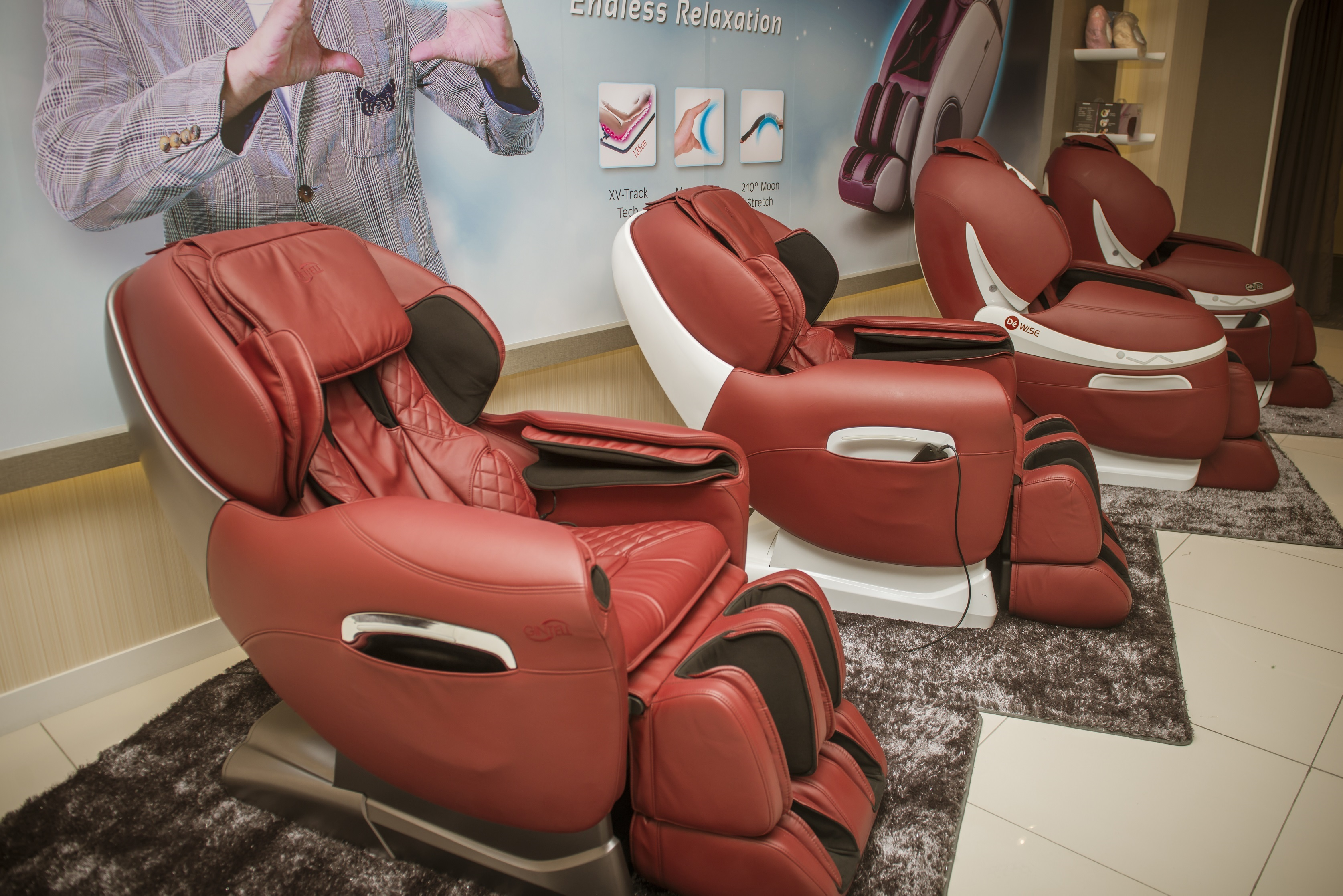 GINTELL Massage Chair Now You can Rent instead of Buying Tommy