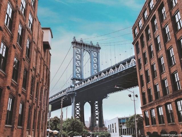 Dumbo in Brooklyn with Manhatten Bridge view
