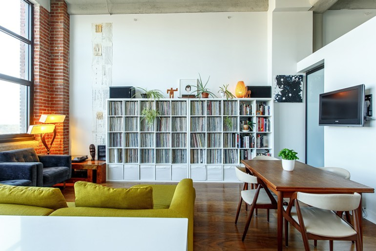 How to arrange furniture - Arrange furniture in small living room ...
